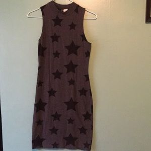 Size 6 grey jersey dress with star pattern